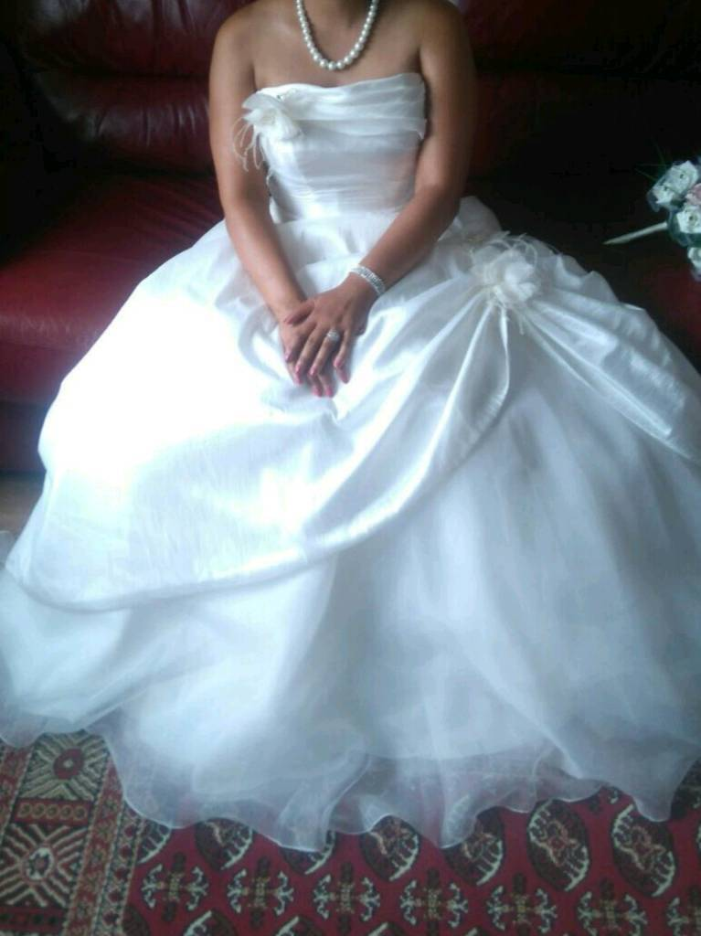 Ivory wedding dress for sale - 12/14 | in Leicester, Leicestershire ...
