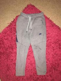 Nike tech fleece trackies
