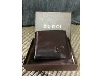 New chocolate mens gucci wallet GG boxed
