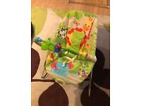 Jungle Friends bouncy chair