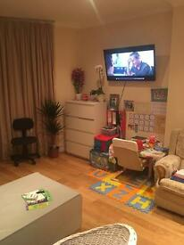 Good size single room near new cross gate st(zona2)