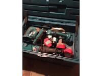 Makita cordless drill, saw and torch set