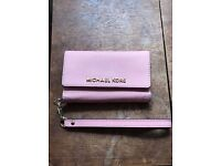 Michael kors new iPhone 5/5s cover NEW