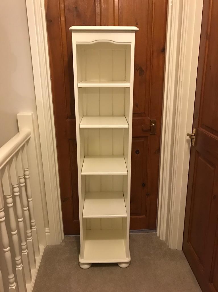 White shabby chic bookcase/storage unit