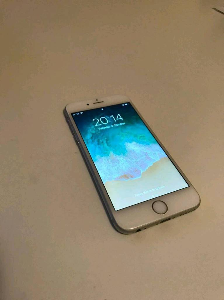 IPhone 6 Silver EE - Excellent condition***