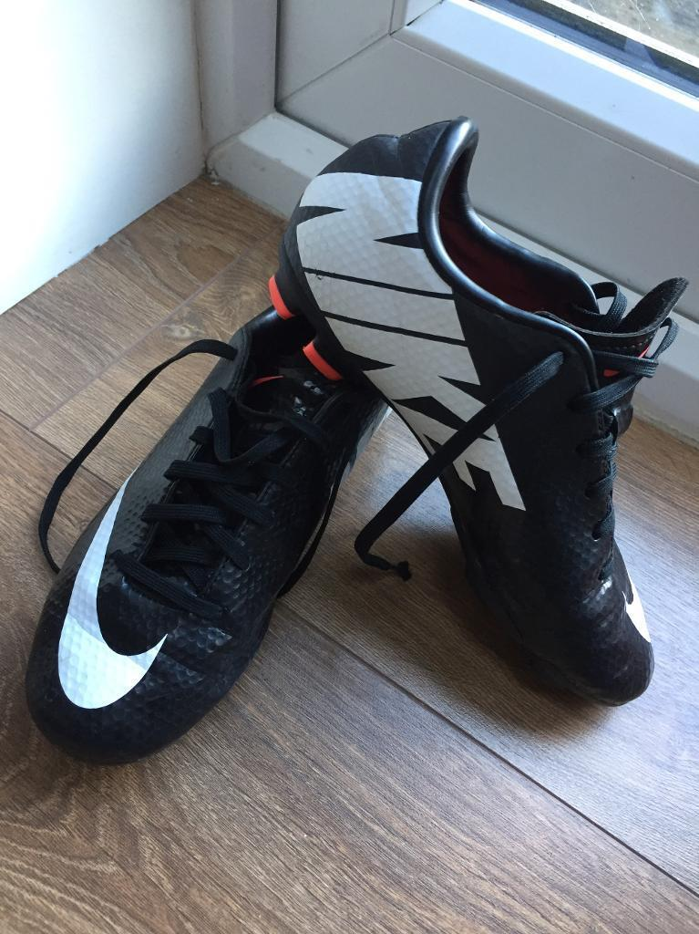 Nike Mercurial junior football boots size 2 moulds