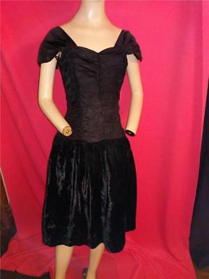 Black Stretch Velvet Bodice (1980's VINTAGE RUCHED STRETCH BODICE BLACK VELVET & ACETATE  DRESS--34