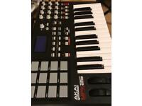 Akai MPK25 for sale or swap for akai mpd218