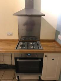 Lamona electric oven, gas hob, extractor and spashback 600mm Good condition In Southsea