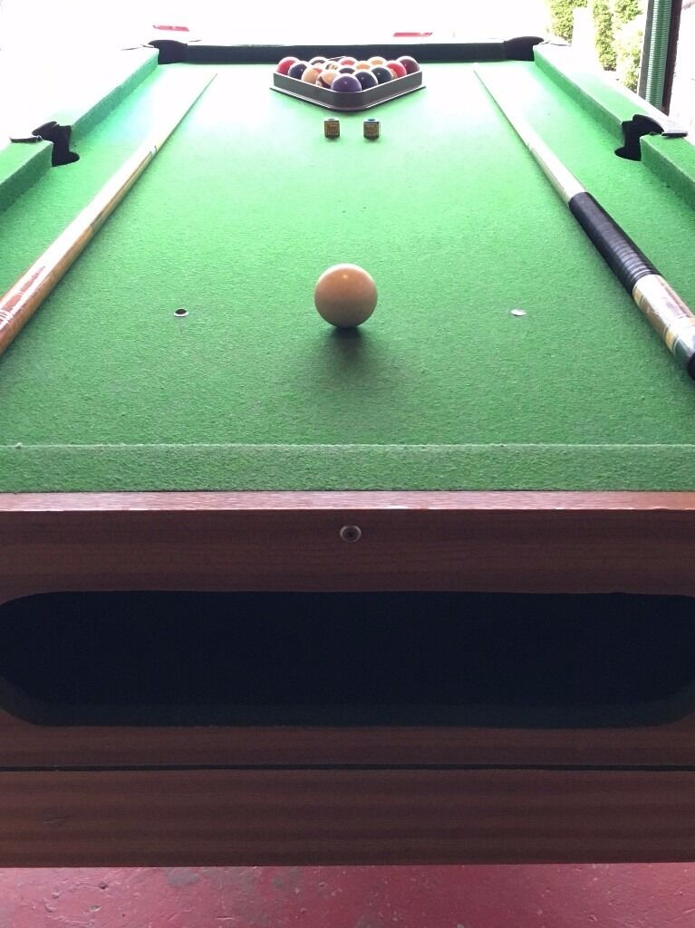 Full size pool table perfect condition 6ft x 3ft balls for Pool table 6 x 3