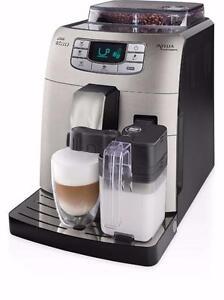 Machine à espresso Saeco Intelia Cappuccino HD8753/87 Refurb.