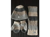 Baby boy's matching hat, scarf & mitts 6-12 mths