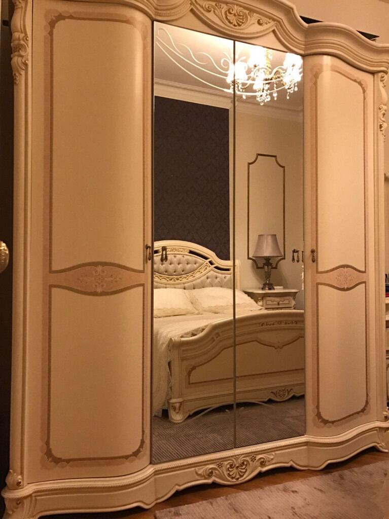 ITALIAN LUXURY BEDROOM SET   WARDROBE, BED, BEDSIDE CABINET, DRESSING TABLE,  MIRROR