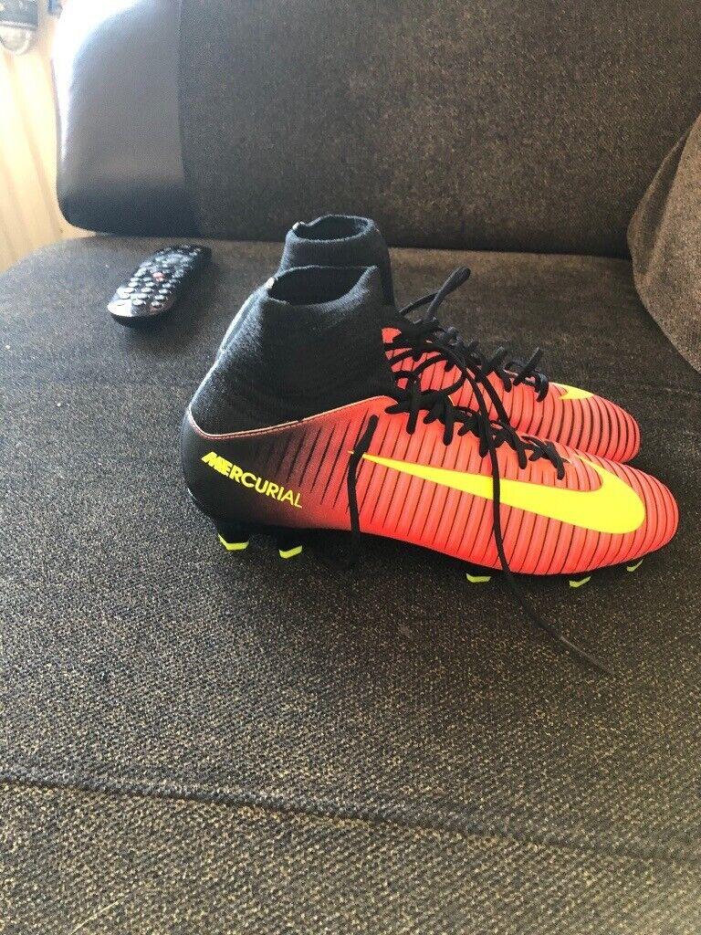 nike football boots size 4 Shop