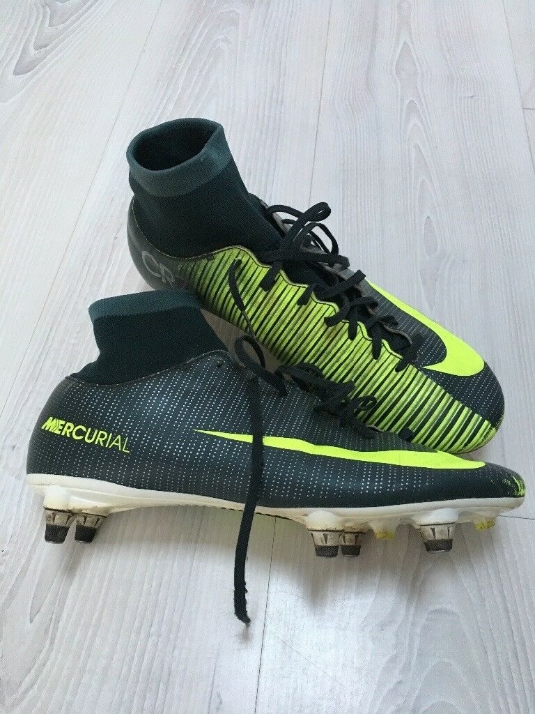 07b0c6f925f cr7 green boots cheap   OFF51% The Largest Catalog Discounts