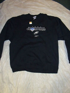 EAGLES-VINTAGE-2004-CONFERENCE-CHAMPS-EMBROIDERED-SWEATSHIRT