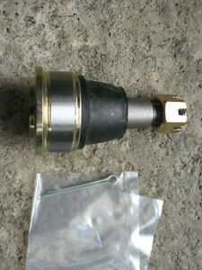 cr-v-front-lower-ball-joint-02-06