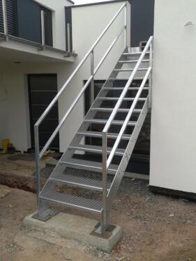 dach tor gel nder terrasse treppe zaun stahl edelstahl. Black Bedroom Furniture Sets. Home Design Ideas