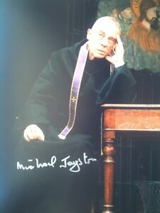 MICHAEL-JAYSTON-POPULAR-TV-ACTOR-SIGNED-COLOUR-PHOTOGRAPH