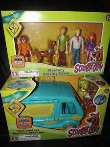 NIB-Mystery-Machine-VAN-5-Figures-Scooby-Doo-Goo-Shaggy-Crew-Ghost-Patrol-NEW