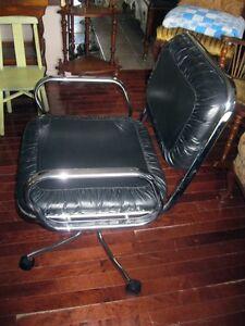 Chaise de Bureau Vintage en Cuir et en Chrome West Island Greater Montréal image 2