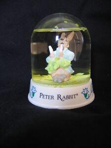"""SCHMID """"PETER RABBIT"""" WATERBALL"""