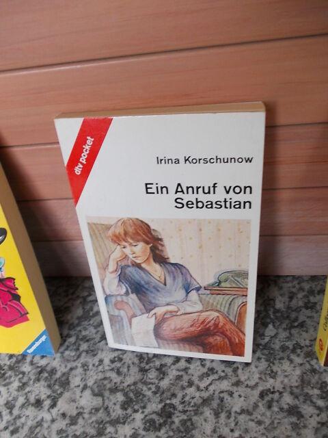 Ein Anruf von Sebastian, von Irina Korschunow, aus dem dtv Pocket Verlag
