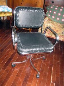 Chaise de Bureau Vintage en Cuir et en Chrome West Island Greater Montréal image 3