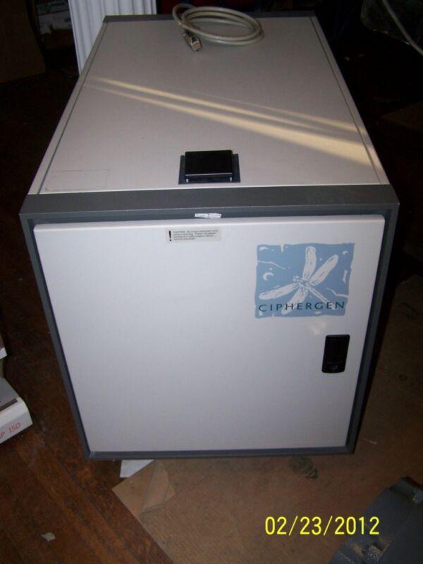 BIO RAD CIPHERGEN PROTEINCHIP PBS II MASS SPECTROMETER VARIAN TURBO V250 PUMP