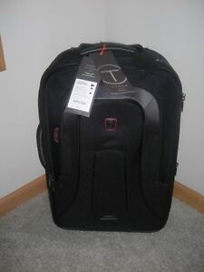 New-Tumi-T-Tech-Presidio-Carry-On-Rolling-Travel-Bag-22-Luggage-Lincoln-06722D