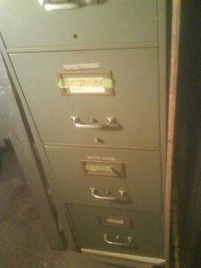 4 drawer steel leagal size filling cabinet $100.00