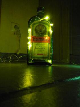 j germeister flasche 0 7l leer beleuchtet mit 20 led 39 s 230v lampe in niedersachsen unterl. Black Bedroom Furniture Sets. Home Design Ideas