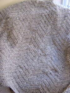 chevron-crochet-handmade-baby-blanket-afghan-wrap-ripple-oatmeal-beige-VANNA-zig