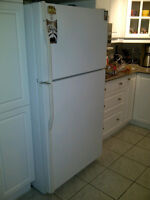*** AVAILABLE *** KENMORE REFRIGERATOR