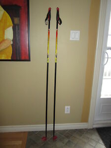 Bâtons de skis de patins Louis Garneau 160cm.
