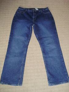Women's Jessica Blue Jeans, sz 18 - Brand New! London Ontario image 2