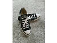 Ladies converse size 6