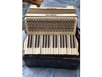 Hohner Verdi 1 accordion