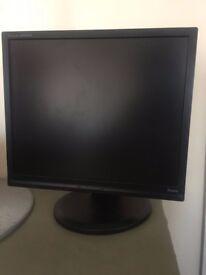 19 inch IIyama B1906S ProLITE LCD monitor with tilt and rotation – black - Refurbished
