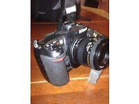 Nikon D200 10.2MP Digital SLR Camera - Black with lense 35-70mm