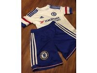 Football strip Chelsea away top and shorts size 7-8