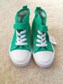 Boys size 9 new shoes