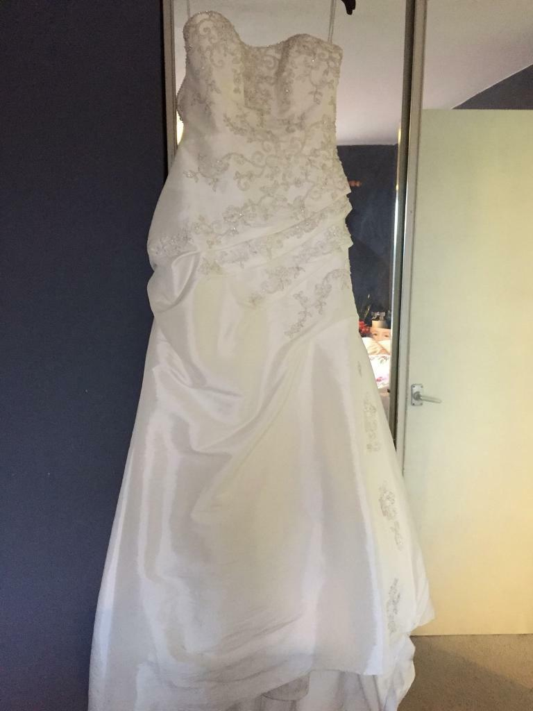 Madeline Gardner wedding dress size 12