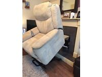Twin motor rise and recliner