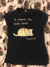 Women's medium tshirt - cat