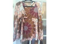 Italian designer Daniel Besso silk, wrap-around,contemporary, brand-new one size.