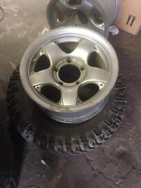 Suzuki vitara alloys 16 inch