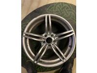 """1x BMW Genuine Alloy Wheel 19"""" M Double-Spoke 326 Front Z4 E89 - One Small Scuff."""