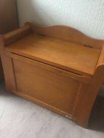 5 piece VIB dax range (cotbded, book case, toy box, wardrobe, chest of drawers)