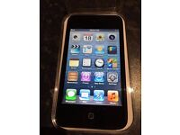 Apple iPod touch 4th Generation Black (16GB)